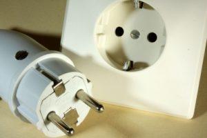 Elektroinstallationen immer nur von einem Elektromeister vornehmen lassen